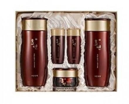 Набор для лица уходовый Welcos Hyo Yeon Jayang Skin Care 2 Items Set: фото
