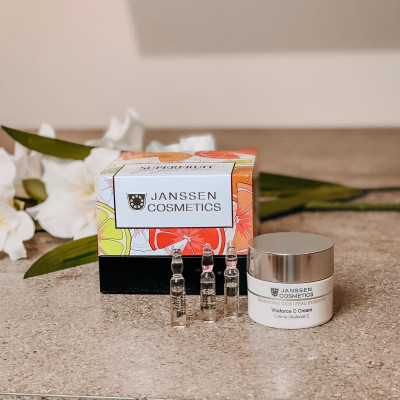 Набор Janssen Cosmetics Box Superfruit: крем Vitaforce C Cream 50мл + флюид Superfruit Fluid 7ампул: фото